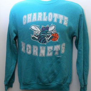 90's Vintage CHARLOTTE HORNETS Big Logo Sweatshirt
